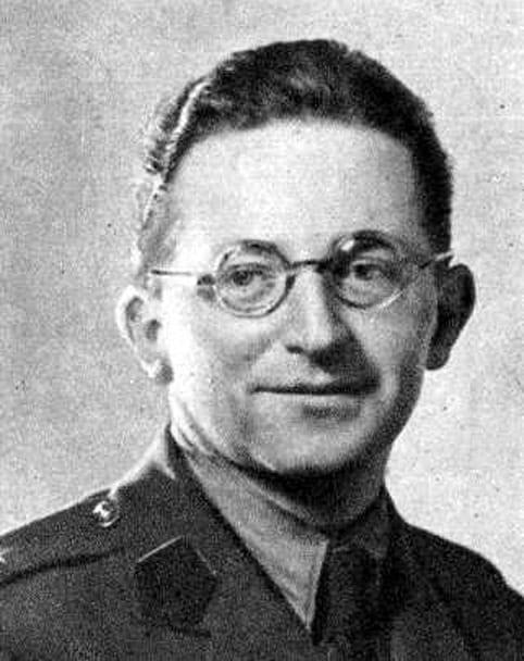 Wikimedia Commons/ public domain. Wikimedia Commons/ public domain Marian Rejewski(urodzony 16 sierpnia 1905 w Bydgoszczy – umarł 13 lutego 1980 w Warszawie) - polski matematyk i kryptolog, pomógł odszyfrować Enigmę.