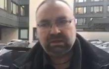 Jak powiedział, tak zrobił. Niepodległościowy pieśniarz zwrócił odznaczenie przyznane mu przez Andrzeja Dudę. Jest nagranie.