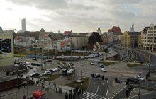 Wrocław: Zaatakowali cudzoziemca, bo myśleli, że... jest Arabem. Chcieli go zrzucić do tunelu samochodowego. W jego obronie stanął Polak