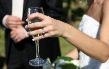 Urząd Skarbowy wzywa do siebie młode małżeństwa. Pyta o koszty organizacji wesela