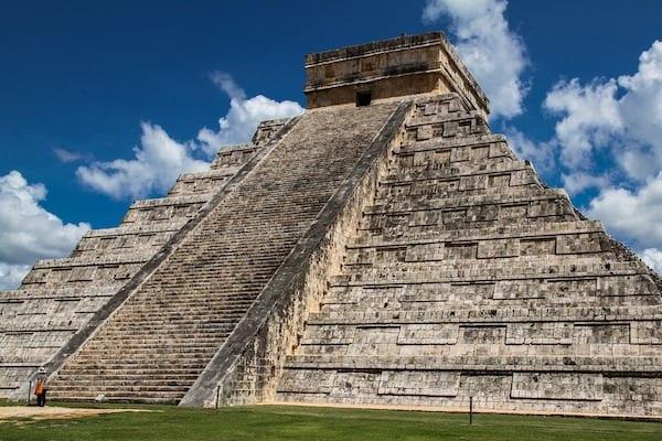 Naukowcy odkryli, jaka epidemia zabiła Azteków? W ciągu pięciu lat zginęło 80 procent populacji!