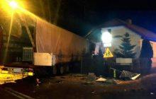 Świdnik: Ukrainiec wjechał TIR-em... do sypialni dzieci. O włos od tragedii [FOTO]