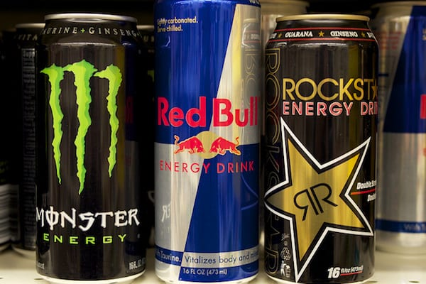 Niepełnoletnie osoby nie kupią napojów energetycznych? Posłanki zabierają głos!