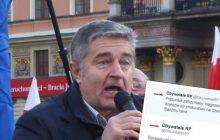 Obywatele RP chcieli protestować przed prokuraturą ws. zatrzymania Frasyniuka, ale nagle musieli zmienić plany.