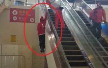 Pjongczang: Reprezentant Szwajcarii rozbawił internautów do łez. Wjechał po ruchomych schodach w bardzo nietypowy sposób [WIDEO]