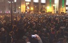 Filadelfia: Po zwycięstwie w Super Bowl... wybuchły zamieszki. Pożary, grabież, rozboje [WIDEO]