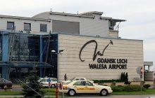 Pasażer na lotnisku w Gdańsku powiedział, że wiezie dynamit. Drogo go to kosztowało