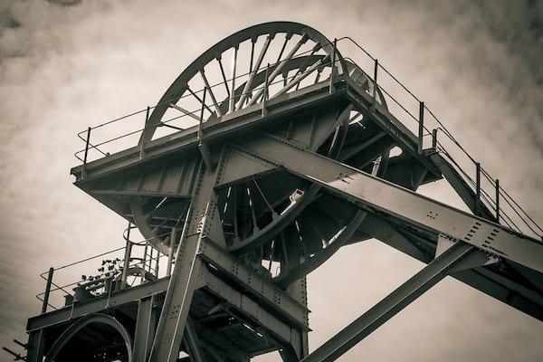 Nowe technologie pomogą polskiemu górnictwu? Trwają prace nad inteligentną kopalnią!