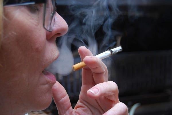 Palenie w pracy zostanie ograniczone? Rząd pracuje nad nowym rozwiązaniem