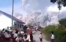 Potężna erupcja wulkanu na Sumatrze! Niesamowita siła żywiołu. Są nagrania [WIDEO]