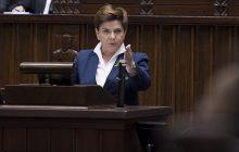 Beata Szydło tłumaczy się z premii i atakuje opozycję: