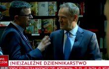 TVP Info uderza w dziennikarza TVN. Wyemitowano jego rozmowę z Tuskiem przed rozpoczęciem wywiadu