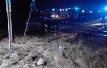 Pijany kierowca cinquecento wjechał pod pociąg. Cudem przeżył