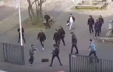 Holandia: Uczniowie przepędzili nożownika. Wszystko zostało nagrane [WIDEO]