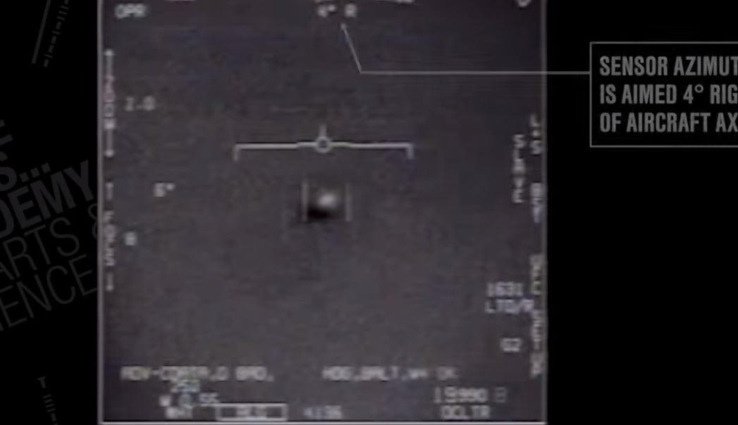 Amerykańskie media rozpisują się o ujawnionym nagraniu, na którym widać niezidentyfikowany obiekt. Co na to Pentagon? [WIDEO]