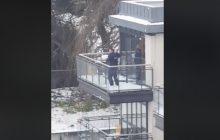 Irlandia: Policjanci wezwani do interwencji... obrzucili śnieżkami podejrzanych [WIDEO]