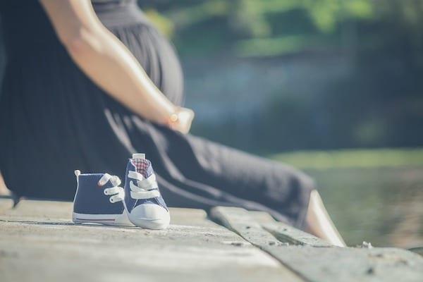 Nowy Kodeks Pracy umożliwi zwolnienie kobiet w ciąży? Szokujący projekt!