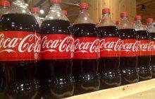 Coca-Cola znika z półek jednej z największych sieci sklepów w Polsce. Wszystko przez... podwyżki cen!