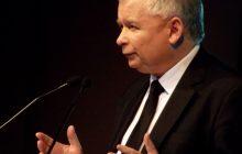 Kaczyński i Orban na okładce