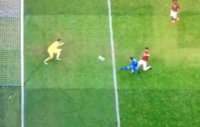Ostatnia minuta meczu, Arkadiusz Milik sam na sam z bramkarzem Milanu i.... no cóż [WIDEO]