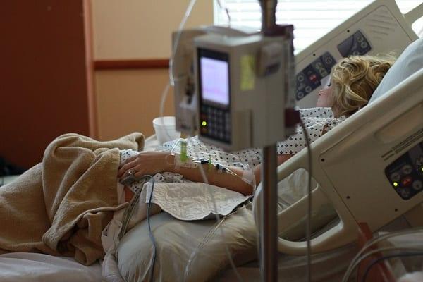 Po grypie ryzyko zawału serca wzrasta aż sześciokrotnie. Na szczęście nie na długo