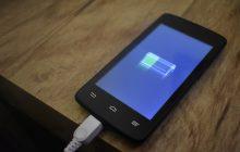 Smartfony naładują się szybciej? Badaczka z Gdańska chce usprawnić baterie