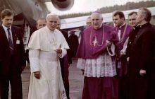 Kardynał Stanisław Dziwisz ujawnił nieznany fakt z życia Jana Pawła II. Chodzi o pieniądze