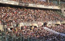 Kibice Juventusu Turyn zaczekali na piłkarzy po treningu. To nie była miła rozmowa [WIDEO]