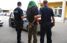 Policyjny pościg za poszukiwanym listami gończymi. Funkcjonariusze użyli broni