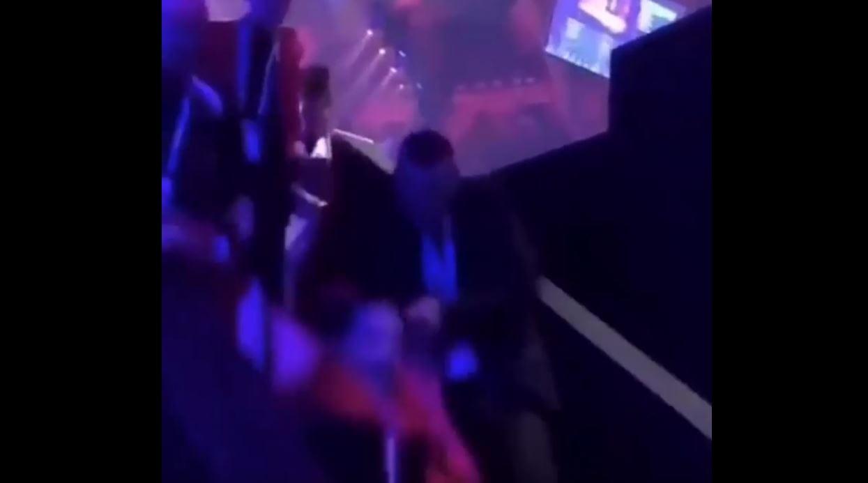 Nieszczęśliwy wypadek podczas finału Eurowizji. Netta spadła ze schodów [WIDEO]