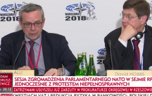 Przedstawiciel NATO odpowiada dziennikarce