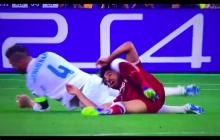 Dramat Mohameda Salaha. W finale Ligi Mistrzów musiał zejść z boiska zalany łzami [WIDEO]