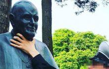Rosjanin znieważył pomnik Jana Pawła II w Świnoujściu!