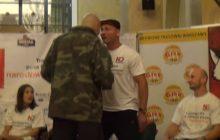 Artur Binkowski zaatakował Artura Szpilkę przed Narodową Galą Boksu! Kamery zarejestrowały incydent [WIDEO]
