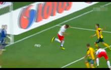 Polacy miażdżą reprezentację Litwy 4:0. Sędzia nie uznał fantastycznej bramki Krychowiaka [WIDEO]
