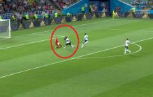Ten moment meczu Niemcy - Szwecja wzbudził wielkie kontrowersje. Czy polski sędzia popełnił błąd? [WIDEO]