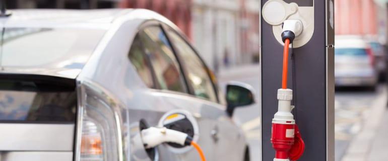 Samochody elektryczne, a inwestowanie w metale i inne surowce